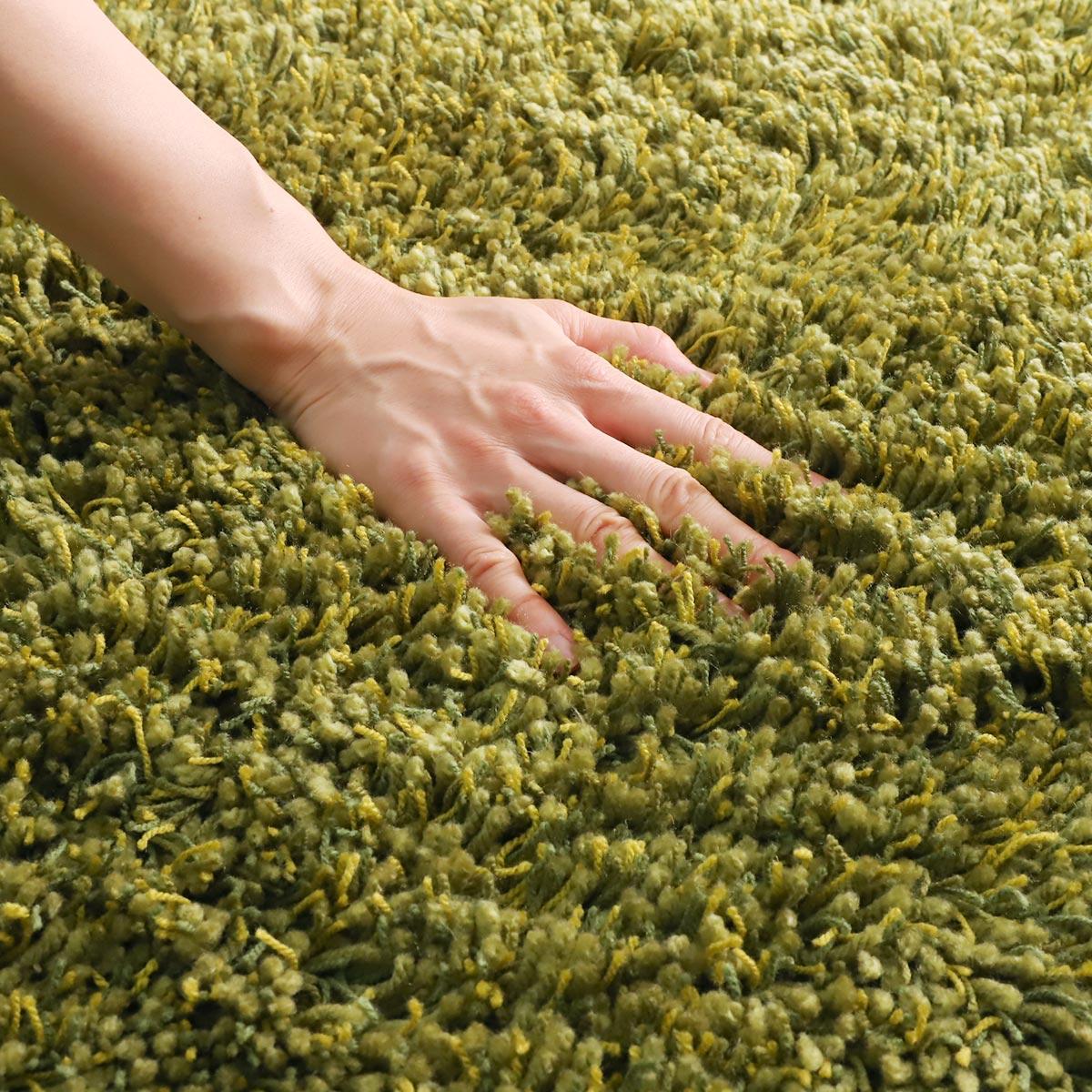 100サイズ 糸の太さや色が異なる質感が気持ちいい国産シャギーカーペット【ブルーム】