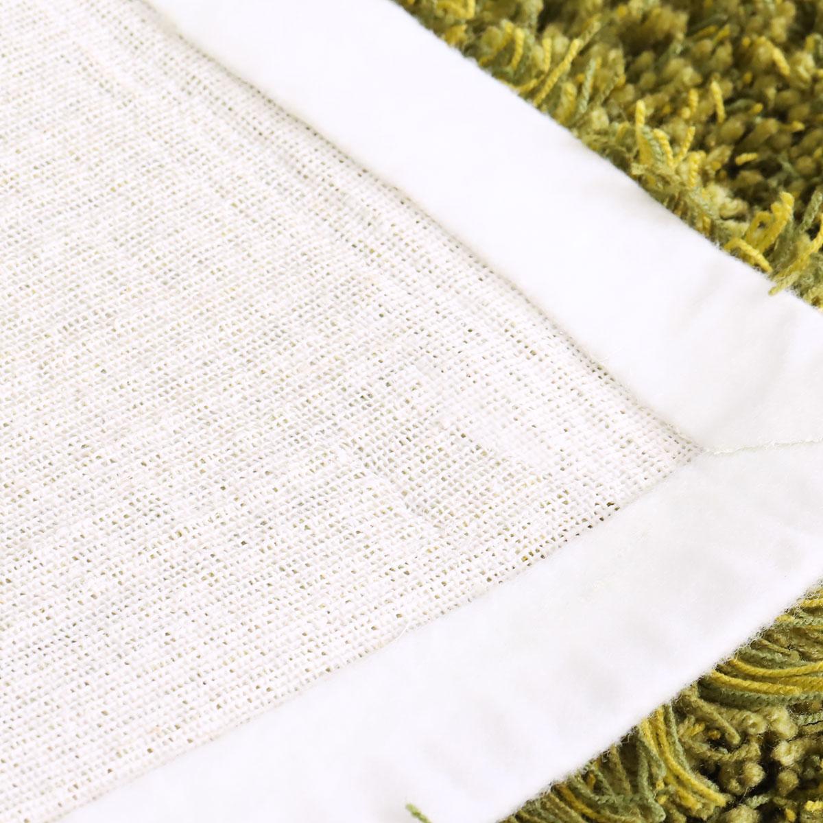 裏面は綿布貼り。ホットカーペット・床暖房対応。