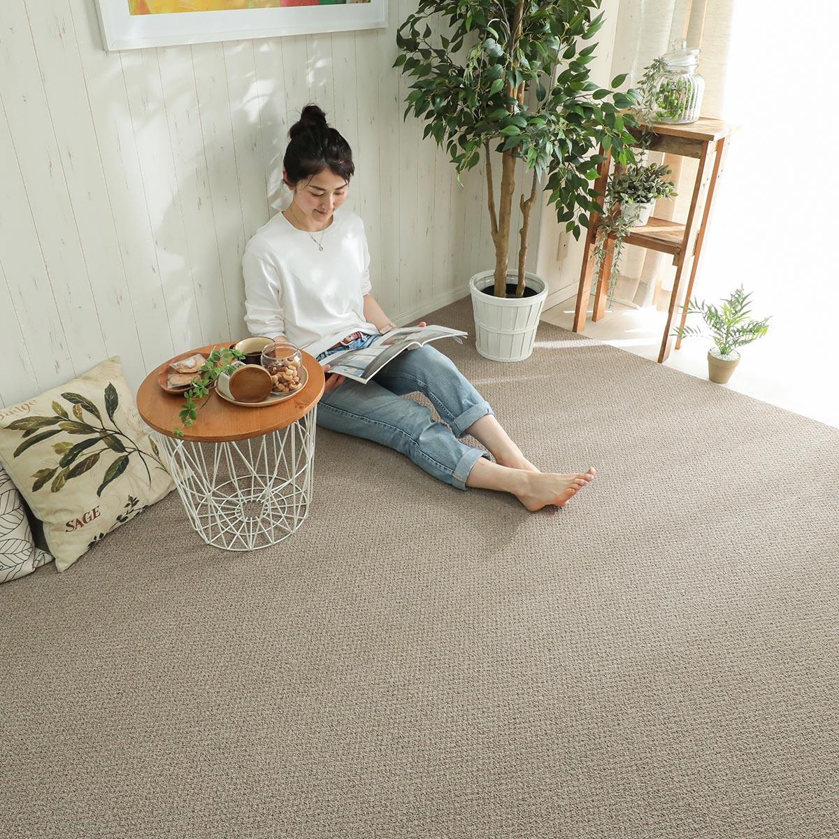 元気なお子さんがいるご家庭やマンション住まいに最適なクッション性・防音性に優れたカンガバック素材を使用したカーペット。