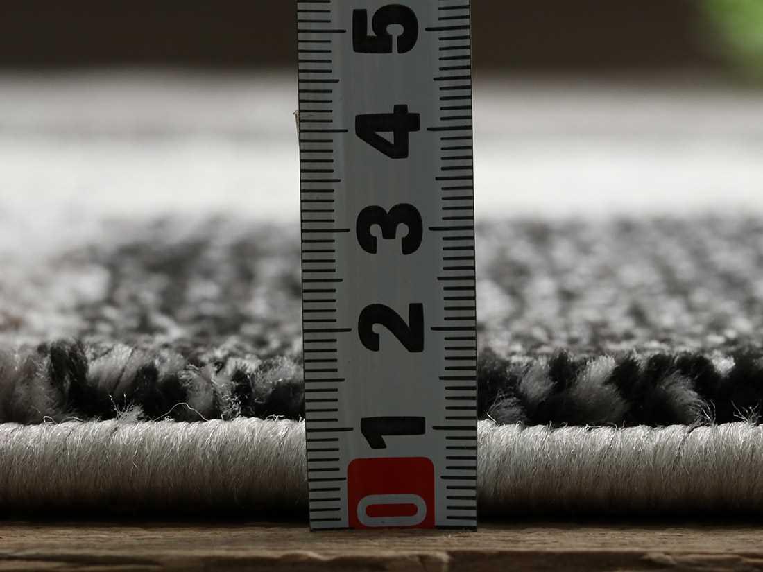 全厚約13mmです。
