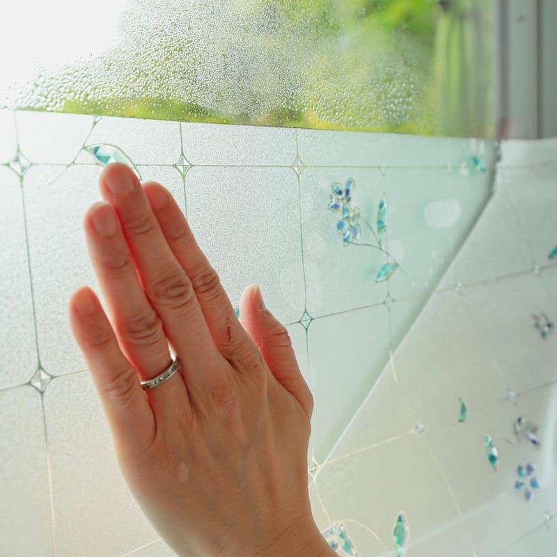 窓ガラスフィルム 貼り方4