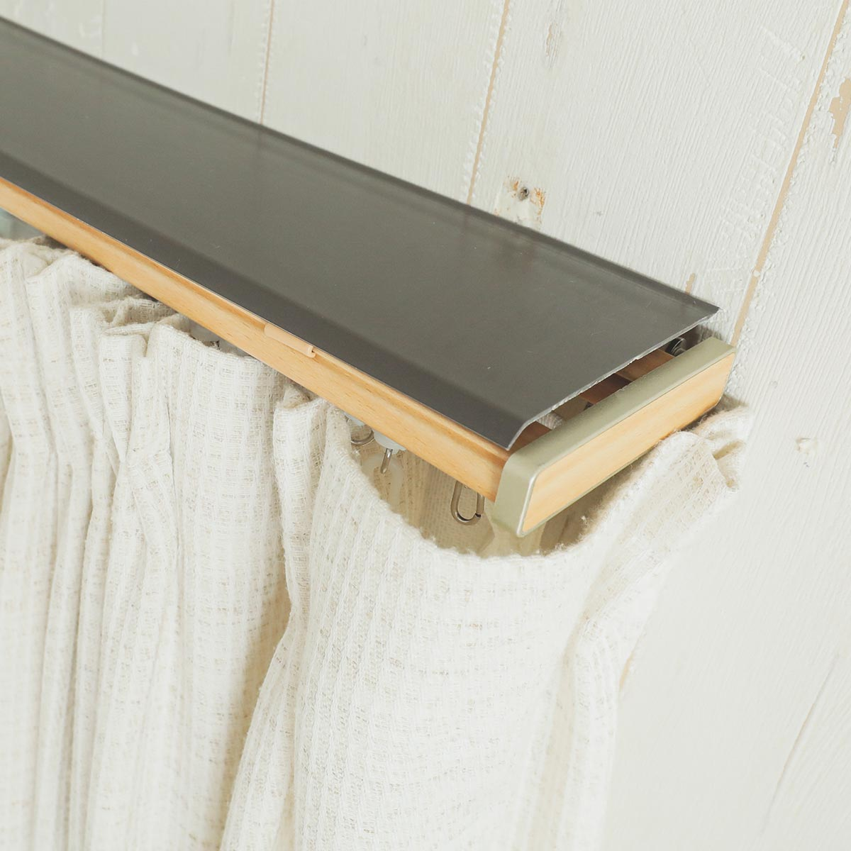 トップカバー付き伸縮カーテンレール グレンディアス 商品画像1