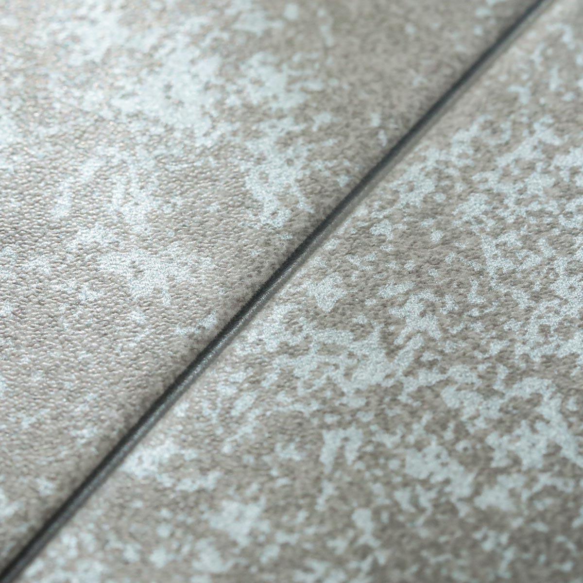 表面は傷つきにくく耐久性があります チェアマット「モルタル」