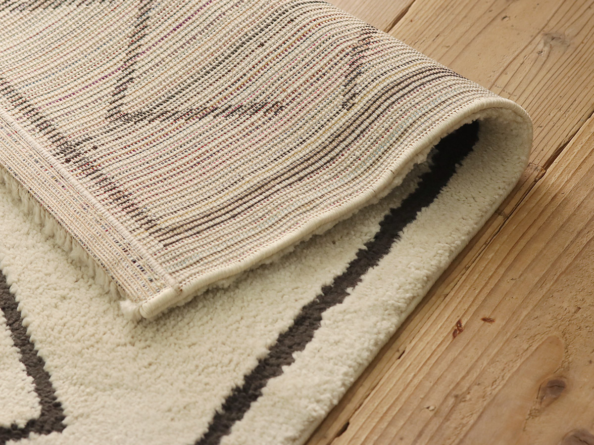 ホットカーペット・床暖房対応でオールシーズン使えます。