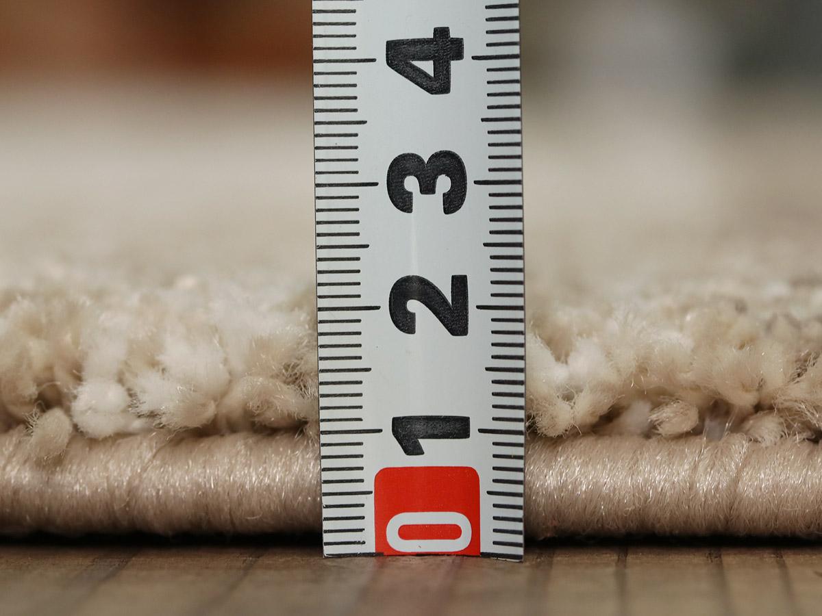 全厚約17.5mm。程よい厚さです。