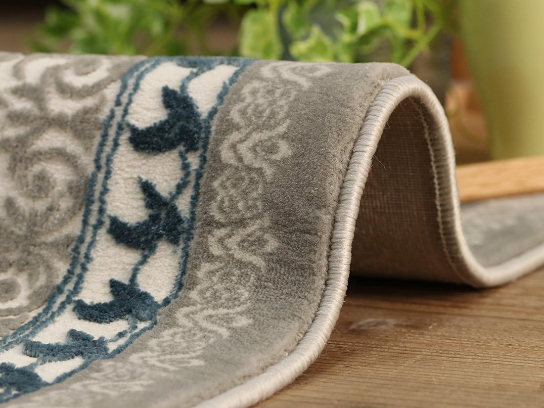 ヒートセット加工(※熱処理によって繊維をネジって糸状にしている加工)をすることで、へたりやすさや静電気を軽減!