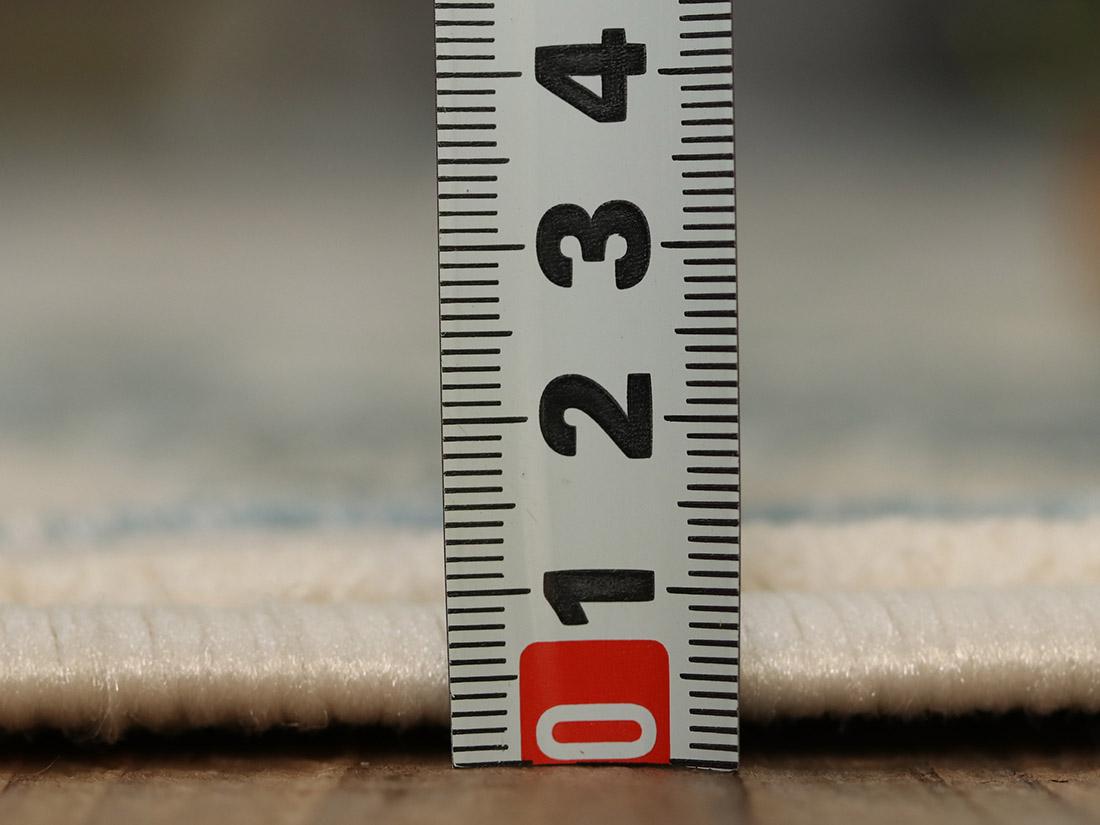 全厚約10mm。しっかりと織り込んでるから摩擦にも強く丈夫です。