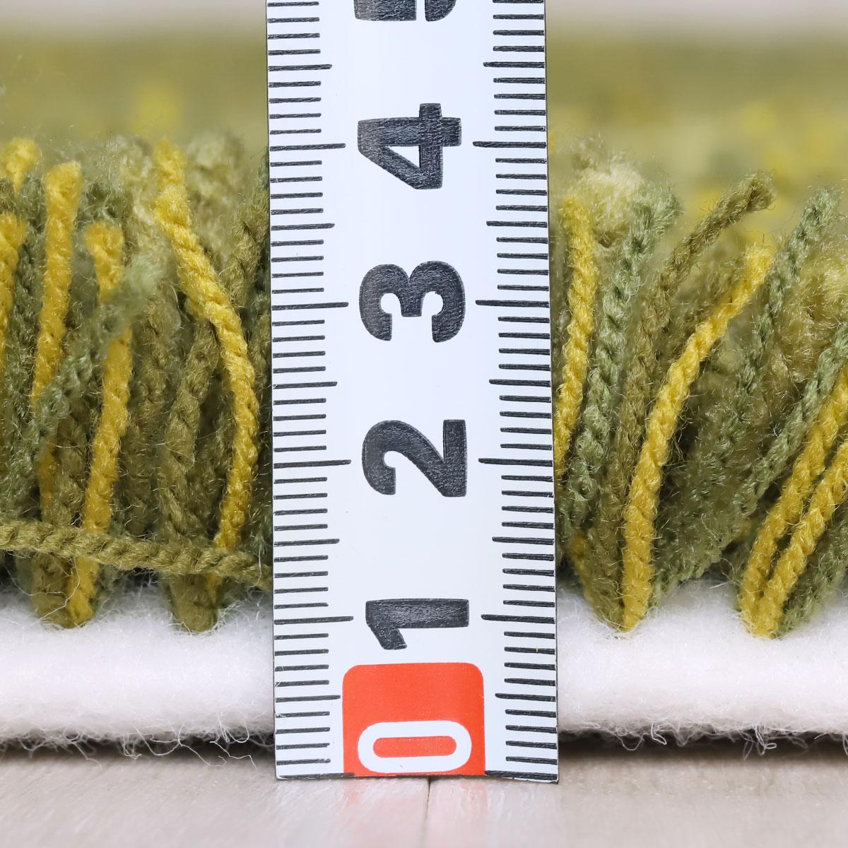 パイルの長さは約40mm。心地よい手触りです。