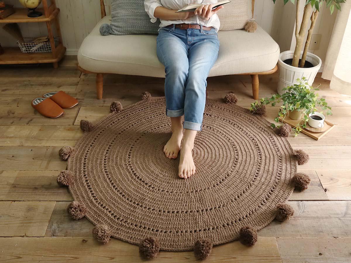 可愛い円形手編みマット『クレープ』