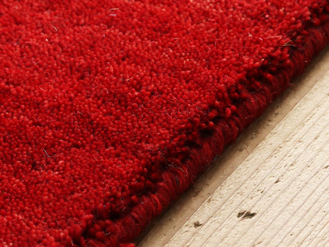 端までふわふわ羊毛仕立て。
