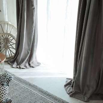 ウォッシャブルでお手入れ楽々!ベルベット素材のドレープカーテン 『シャビーベルベット パールグレー』