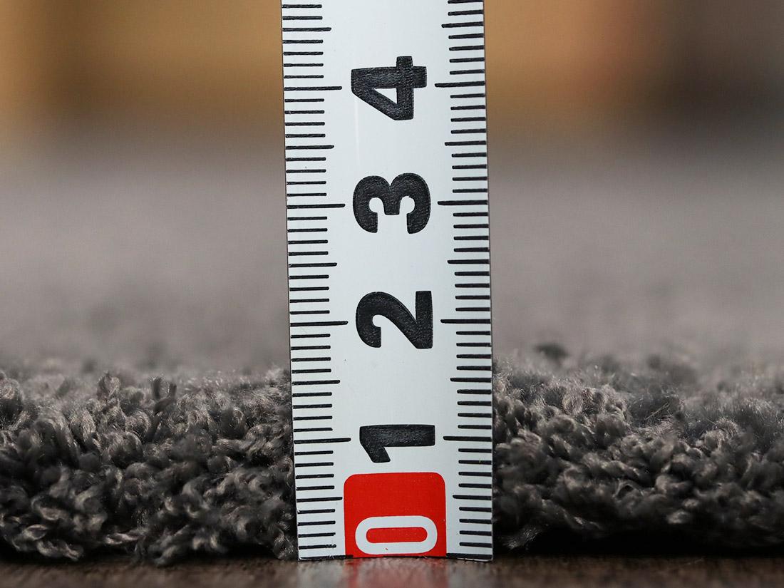 全厚約14mmで程よい厚み。