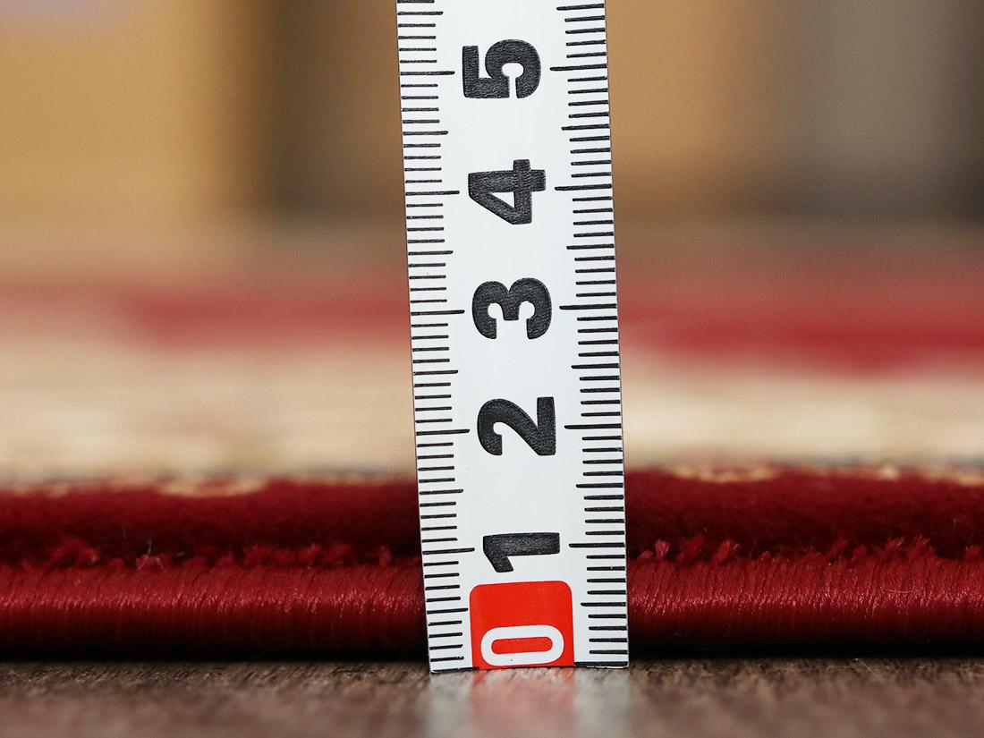 全厚約9mmで程よい厚み。